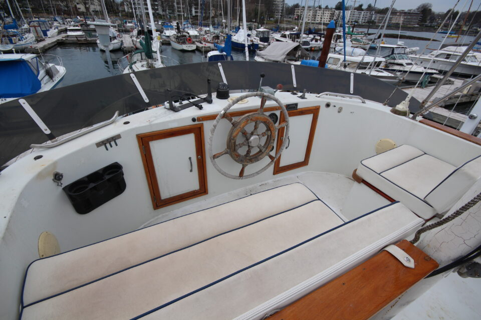 1974 34′ DeFever Passagemaker